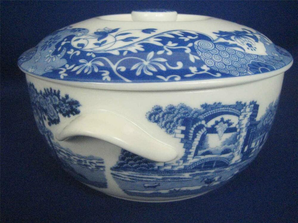 spode made in england blue italian 9 u0026quot  round covered