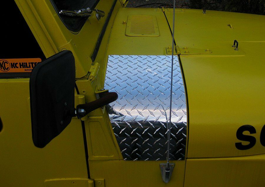 Jeep Wrangler Rear Corner Guards Jeep Diamond Plate Cowl Corner These fit CJ7 - YJ Wrangler & Scrambler ...