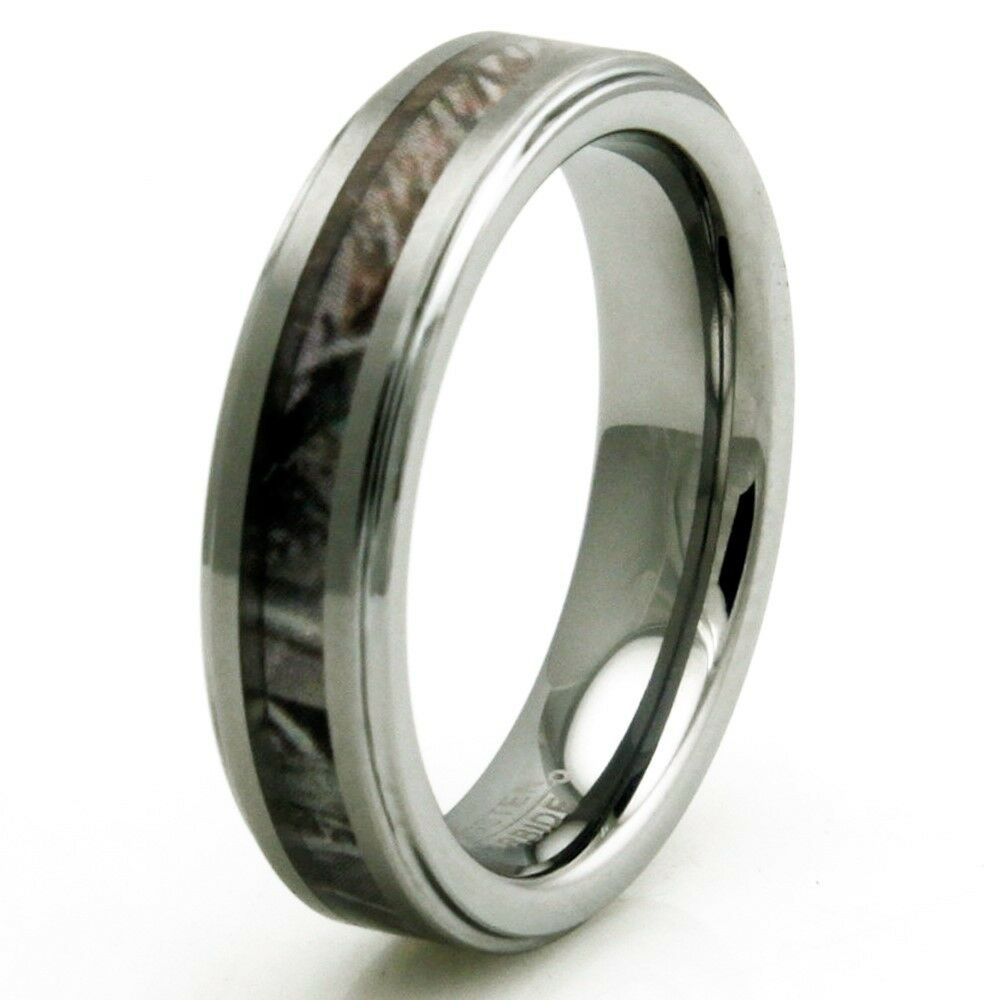 Women39s tungsten carbide forest woods camouflage for Tungsten camo wedding rings
