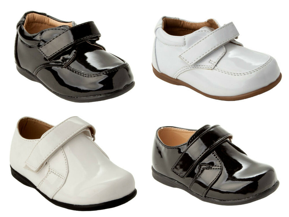 Boys shoes Our collection of boys' shoes is designed to suit any occasion. From smart boys' brogues through to easy-fasten athleisure styles and bright canvas casuals to smart white trainers, there's something for everyone.