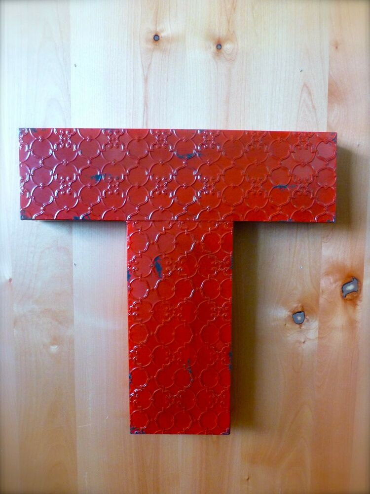 "Art Décor: INDUSTRIAL RED METAL WALL LETTER ""T"" 20"" TALL Rustic"