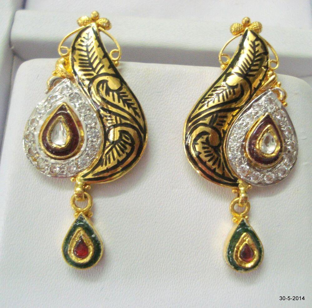 22k gold earrings india ethnic 22k gold earrings handmade gold earring pair 6479