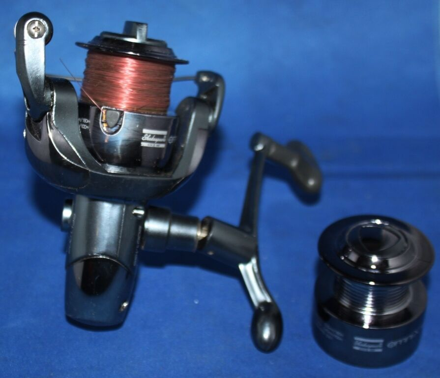 Shakespeare omnix fd fishing reel and spare spool ebay for Ebay used fishing reels