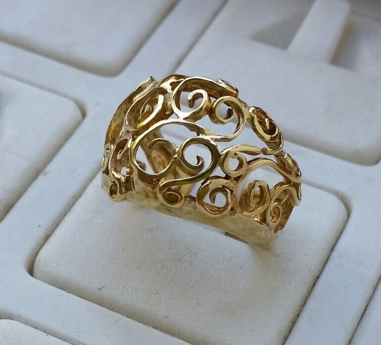 Ring 14k Yellow Gold Handmade Artisan Crafted Spirals. Scratched Engagement Rings. Color Engagement Rings. Temporary Wedding Rings. Filigree Engagement Rings. Spurst Commini Rings. Plant Wedding Rings. Purple Flower Wedding Rings. Plaited Engagement Rings