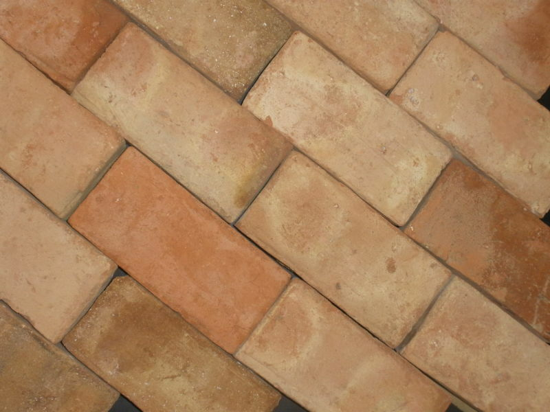 Antique clay bricks veneer walls floors 8 x4 x1 for Brick veneer floor