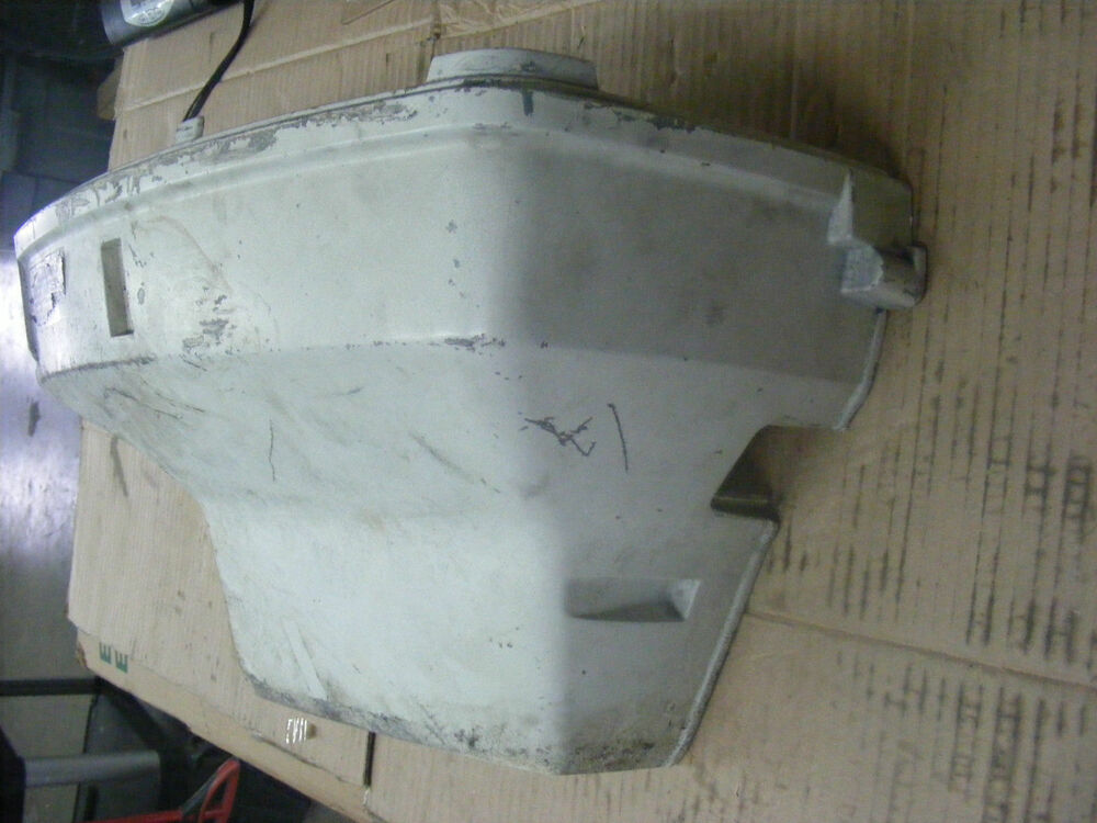 Johnson evinrude 90 150 175 hp engine top cover motor for Used 175 hp outboard motors for sale
