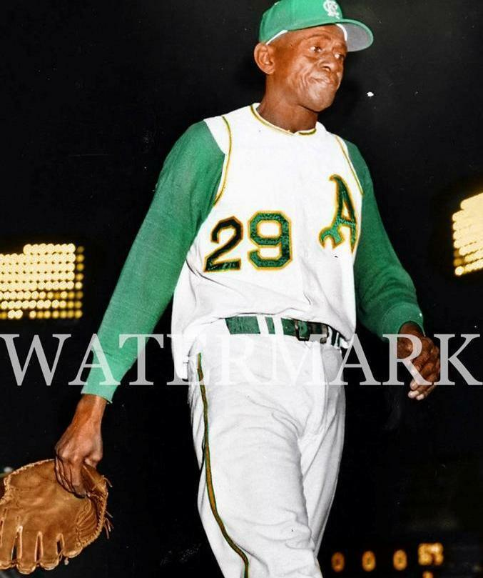 Leroy Satchel Paige Pitches In His Last Game 8x10 11x14
