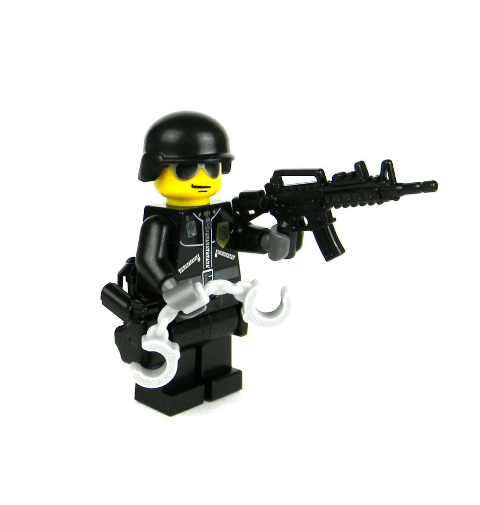 Lego Swat Photo1: LEGO(R) Police SWAT Tactical Officer Minifigure Military