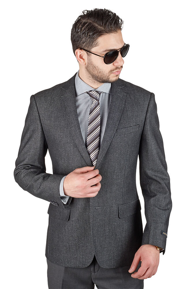 This might be our favorite sport coat this spring. It's soft tailoring construction lends itself to effortless cool casual style. Soft natural shoulder and a half canvas chest piece that will mold to you body like a baseball glove highlight some hidden features that elevates this coat above the rest.