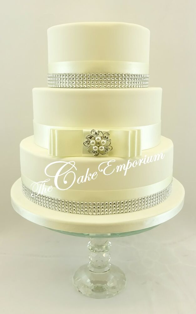 wedding cake with bows and bling wedding cake pearl brooch bow 35mm satin ribbon 26837