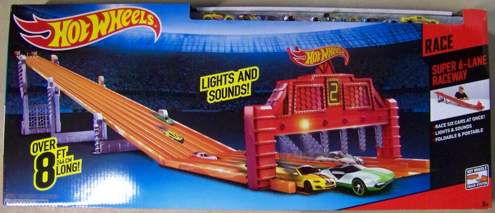 Mattel hot wheels super 6 lane raceway 8 foot track with 6 for Circuit hot wheels mural