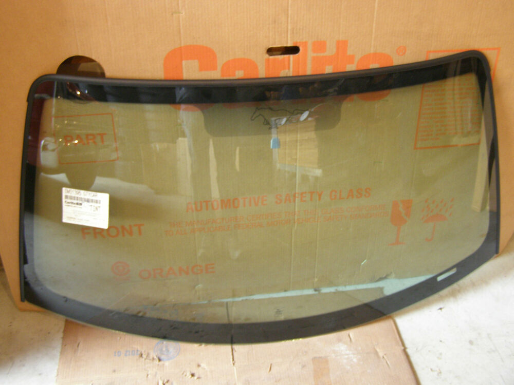 Nos Ford 2000 2004 Mustang Windshield 2001 2002 2003 Gt