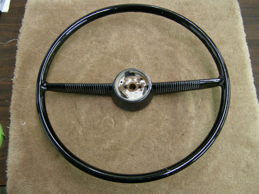 nos 1952 1953 ford black steering wheel oem ebay. Black Bedroom Furniture Sets. Home Design Ideas