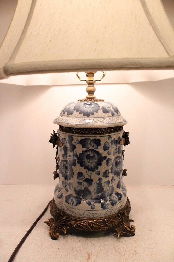 Blue And White Porcelain Chinoiserie Floral Table Lamp