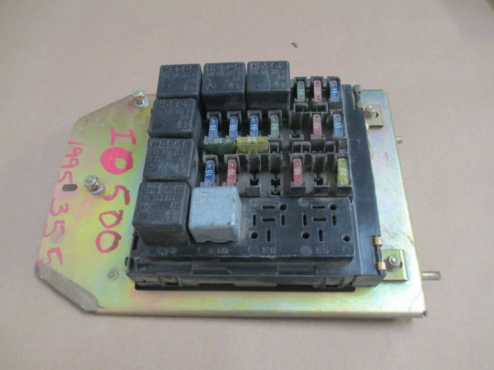 ferrari 355 fuse box 168488 ebay. Black Bedroom Furniture Sets. Home Design Ideas