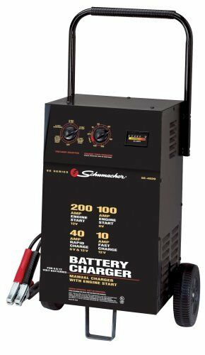 Schumacher Heavy Duty 200 Amp Wheeled 6 amp 12 Volt Battery