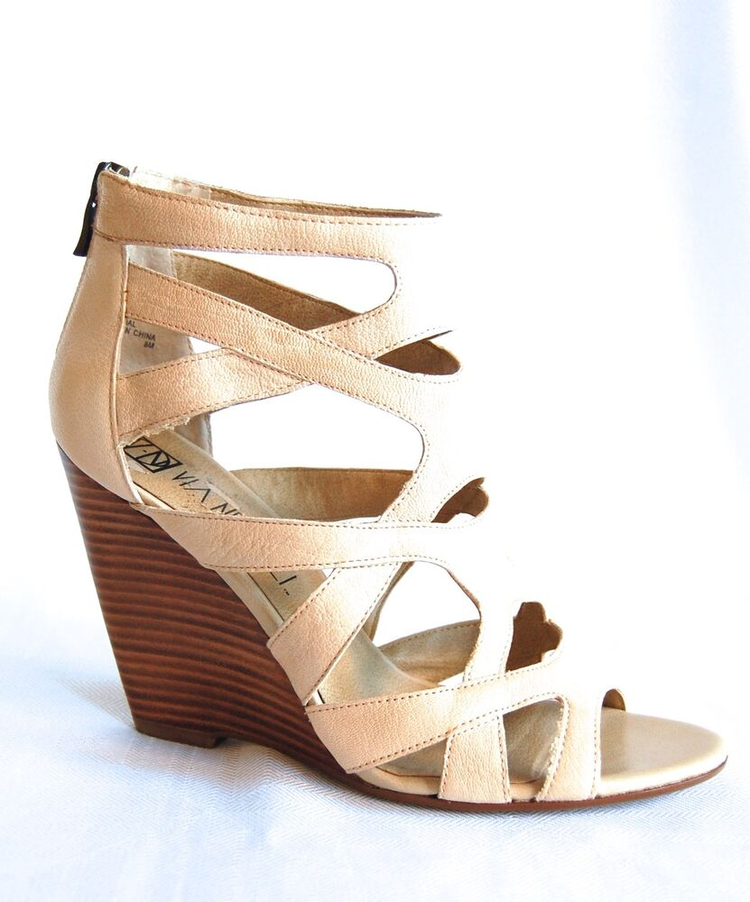 Shop BCBG Women's Shoes - Wedges at up to 70% off! Get the lowest price on your favorite brands at Poshmark. Poshmark makes shopping fun, affordable & easy!