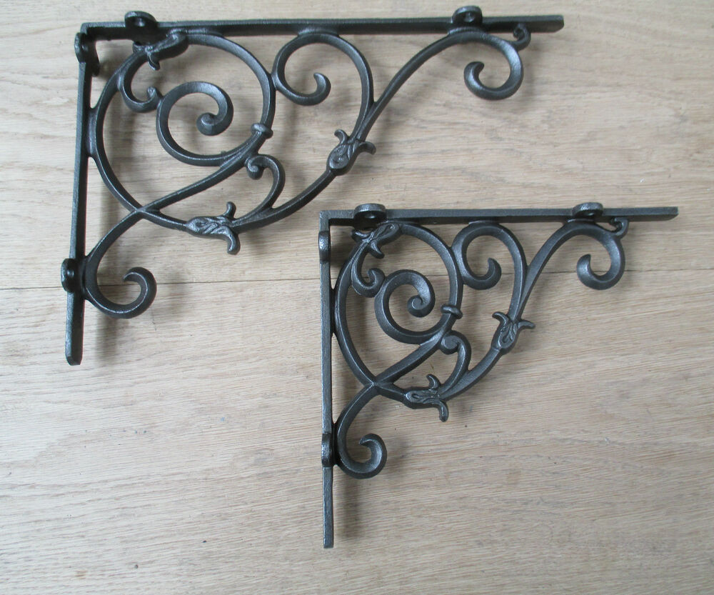 PAIR OF CLASSIC VICTORIAN VINTAGE BRACKETS CAST IRON SHELF