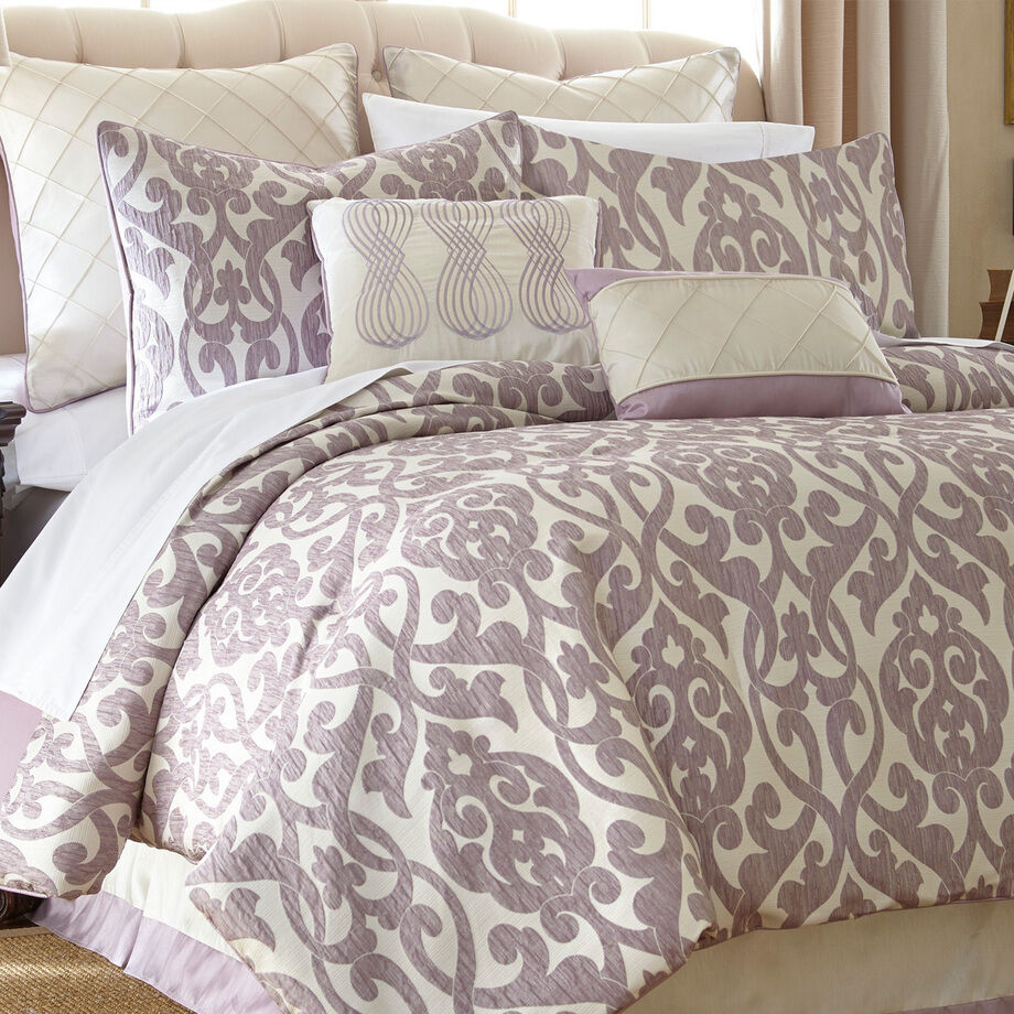 Queen elegant lavender purple filigree ivory 8 pc comforter pillow bedding set ebay - Spots of color in the bedroom linens and throws ...