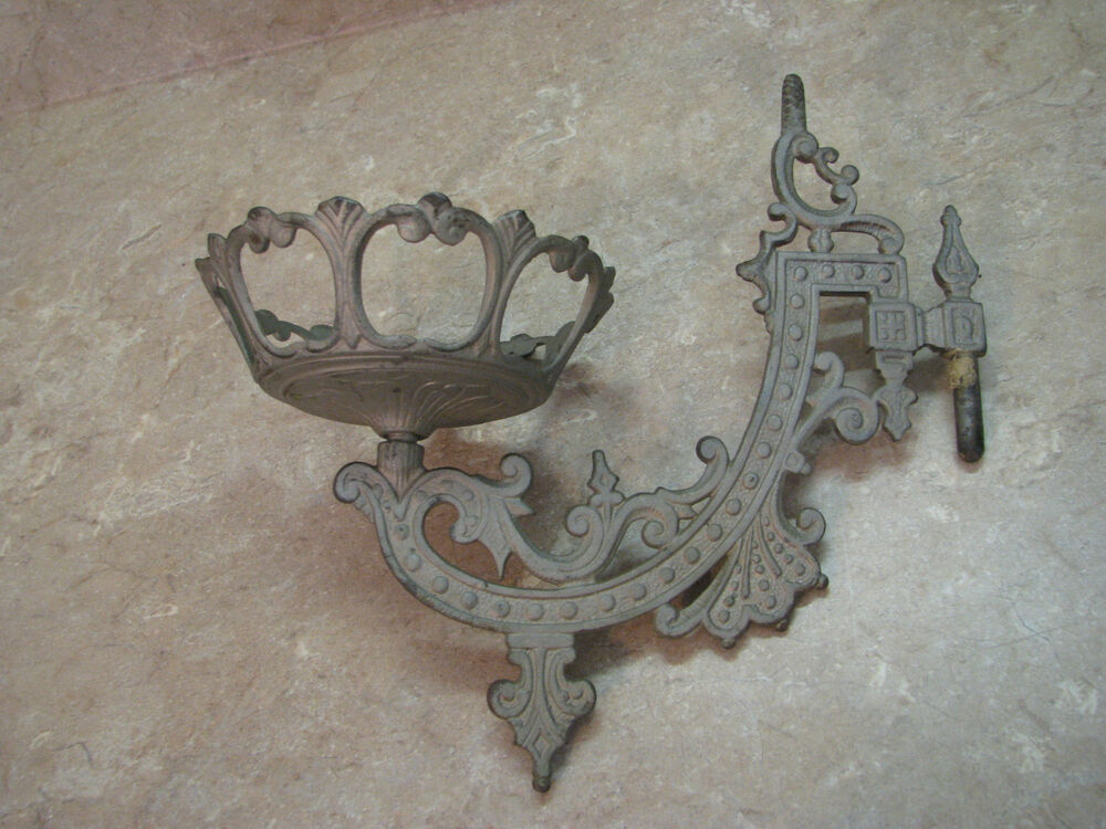 Antique Victorian Cast Metal Oil Lamp Hanger Wall Bracket