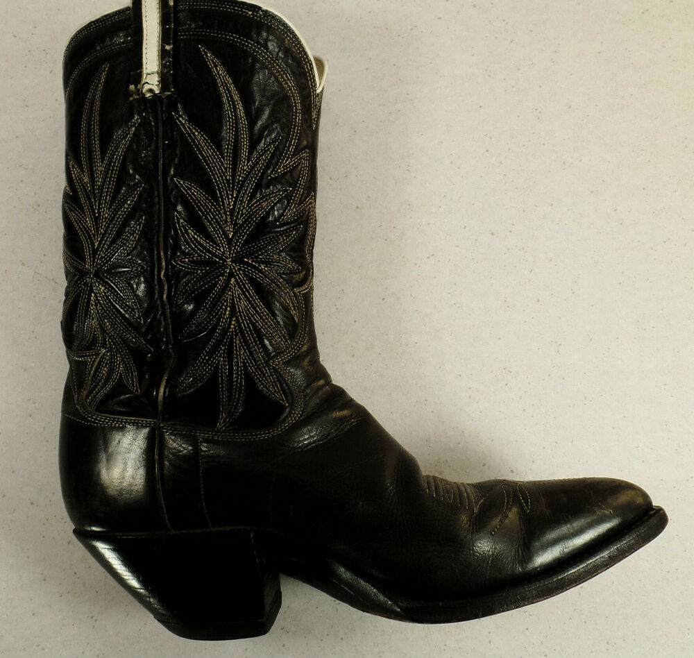 vintage cowboy boots black with white design s size 7