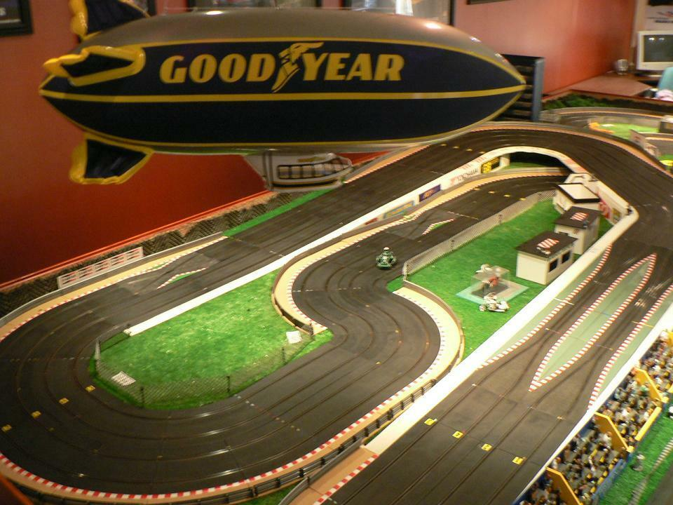 scalextric pit lane game instructions