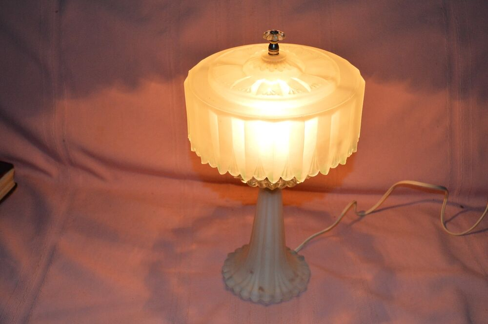antique gorgeous deco frosted glass table lamp frosted 87992