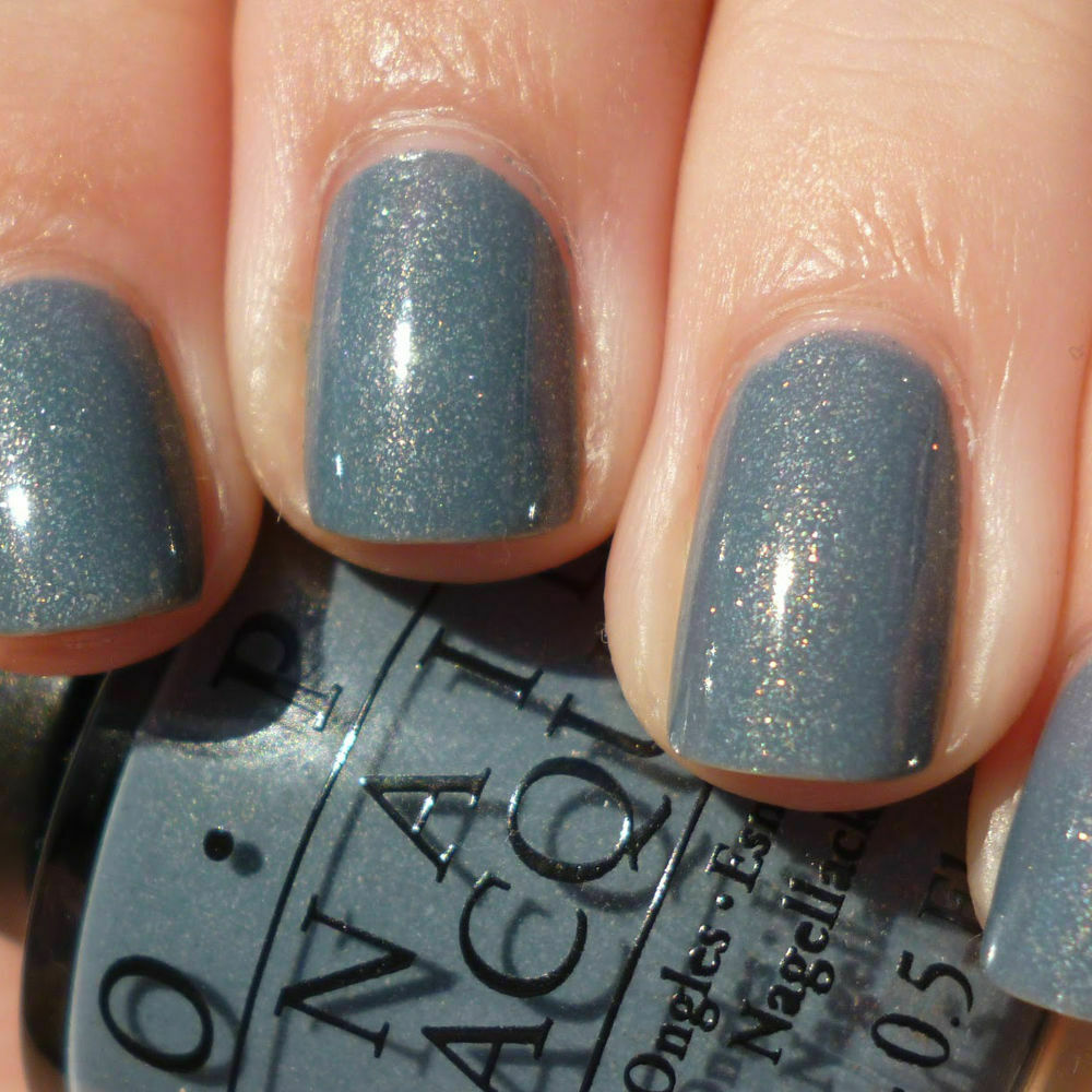 Blue Grey Nail Polish Essie: I Have A Herring Problem