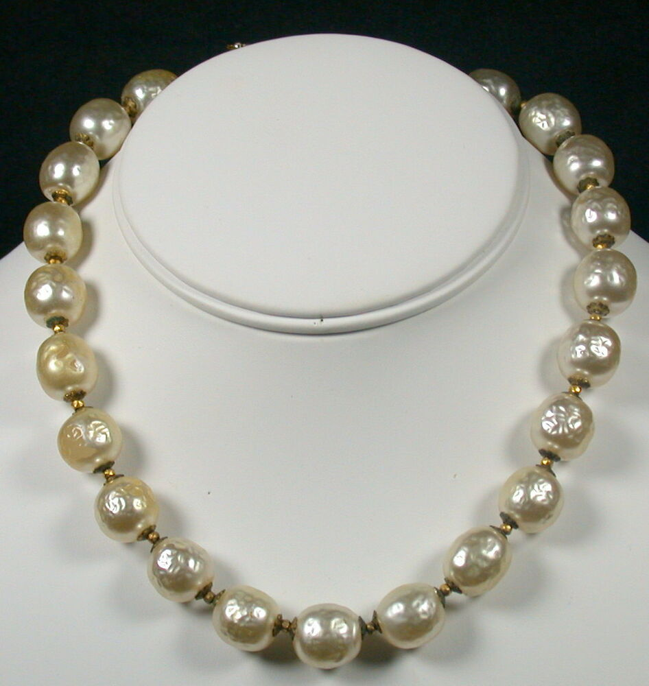 Vintage Pearl Choker Necklace: Miriam Haskell Large Baroque Pearl Choker Necklace