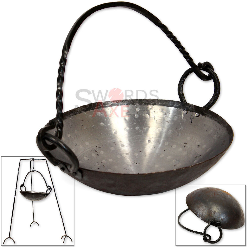 medieval campfire pan cast iron replica cooking pot forged roman camp gear ebay. Black Bedroom Furniture Sets. Home Design Ideas