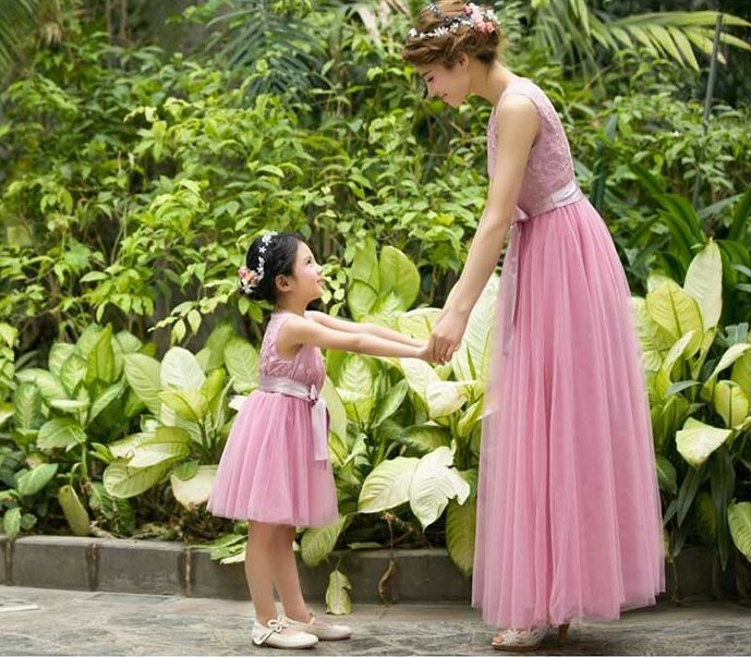 Matching Cute Clothes For Mom And Daughter Summer Wedding