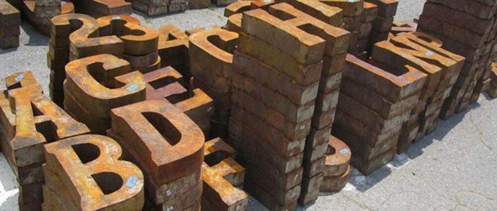 rustic recycled 14 metal letters and numbers vintage industrial antique rust ebay. Black Bedroom Furniture Sets. Home Design Ideas