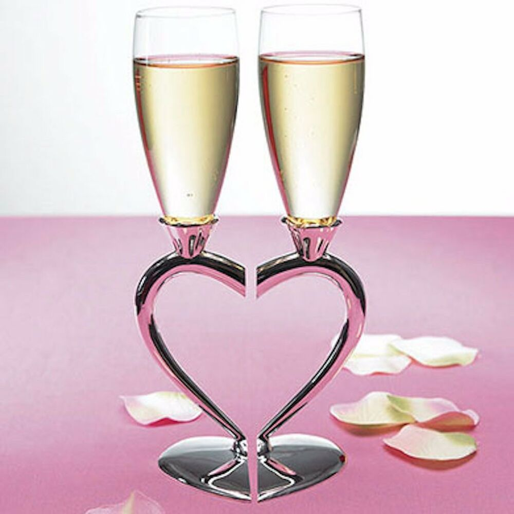 personalized engraved wedding toasting heart glasses champagne flutes