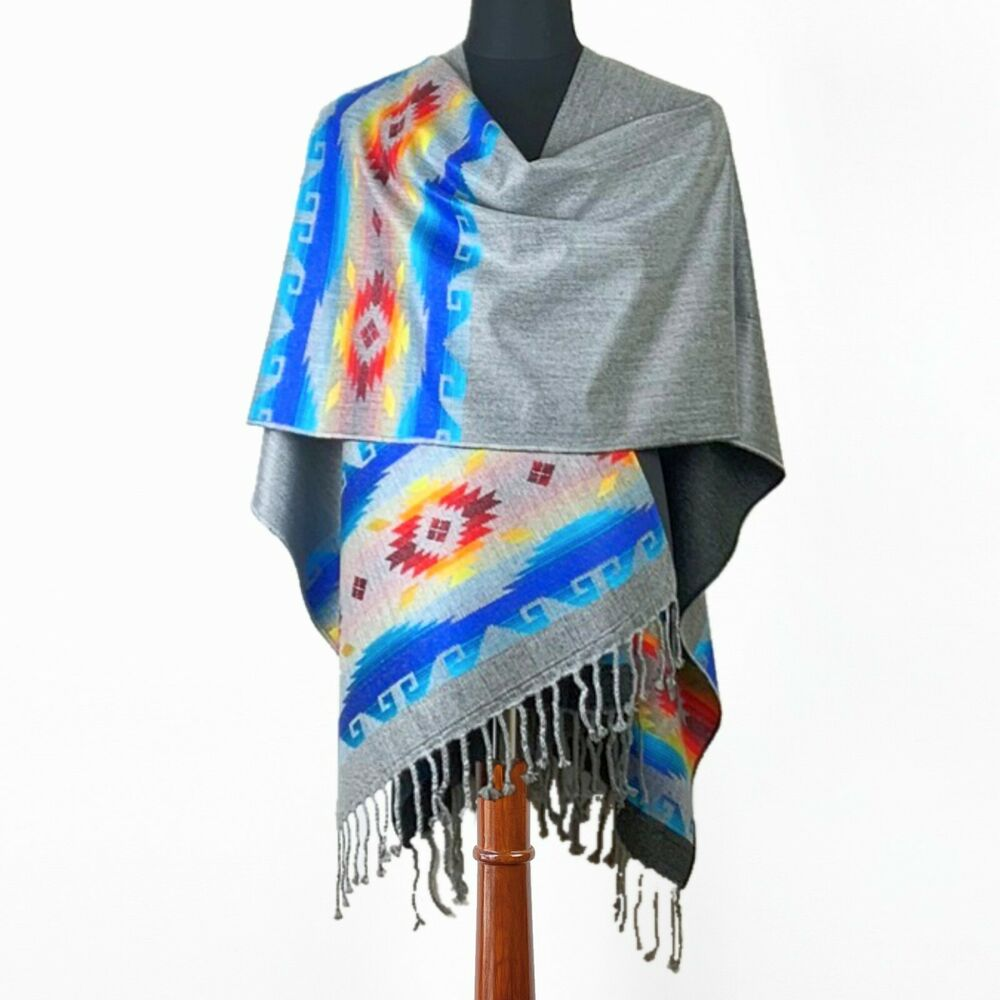 High Quality Alpaca Wool Poncho Wrap Grey Handmade In