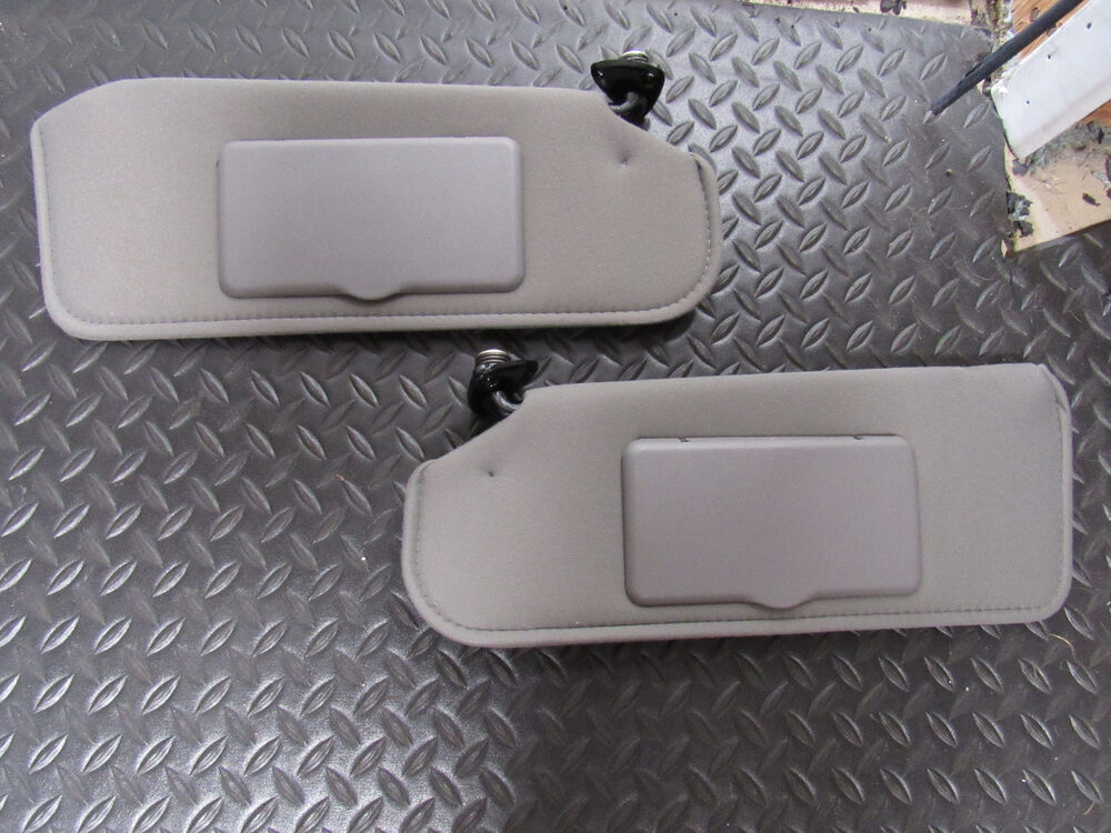 1993 02 sale 182 firebird camaro light grey sun visor pair mirror shade vanity ebay. Black Bedroom Furniture Sets. Home Design Ideas