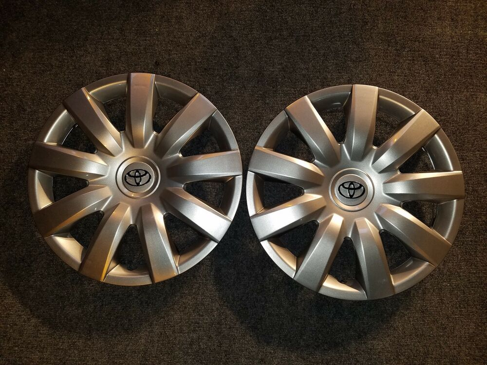 pair of 2 brand new 2005 2006 camry hubcaps 15 wheel covers 61136 free. Black Bedroom Furniture Sets. Home Design Ideas