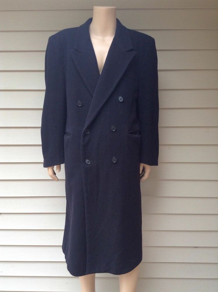 An overcoat is a type of long coat intended to be worn as the outermost garment, which usually extends below the knee. Overcoats are most commonly used in winter when warmth is more important. Overcoats are most commonly used in winter when warmth is more important.