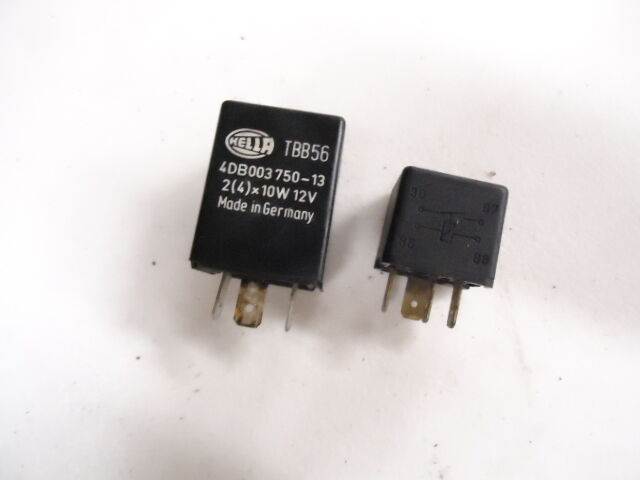 1995 Triumph Speed Triple 900 2 Relay Fuse Diode Switches