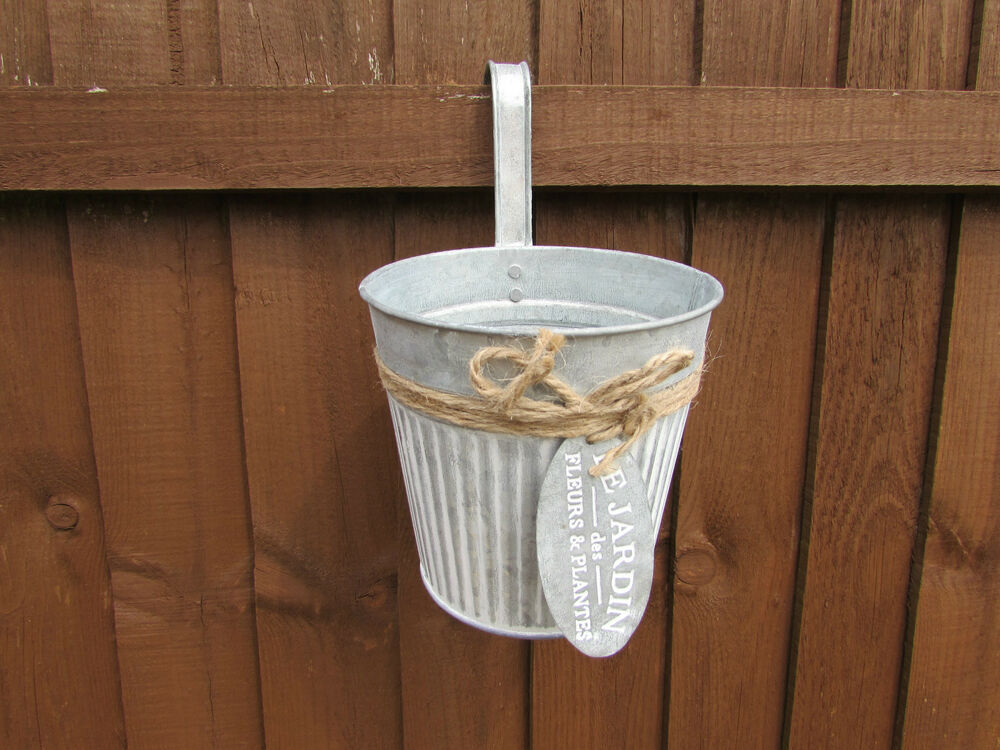 Metal Over The Fence Garden Planter Pot With Metal Tag 12
