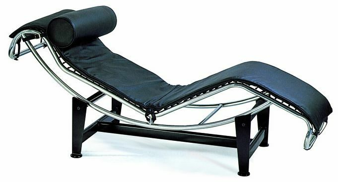 le corbusier leather chaise lounge chair in black leather. Black Bedroom Furniture Sets. Home Design Ideas