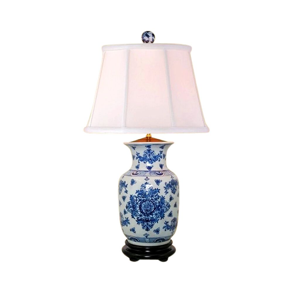 chinese blue and white porcelain vase round insignia table lamp 30. Black Bedroom Furniture Sets. Home Design Ideas