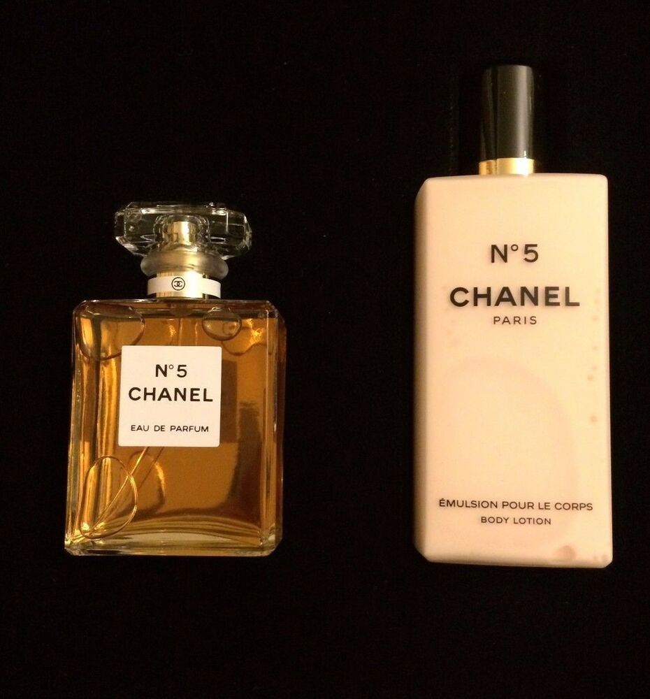 chanel no 5 gift set 1 7 oz 50ml eau de parfum spray 6 8. Black Bedroom Furniture Sets. Home Design Ideas