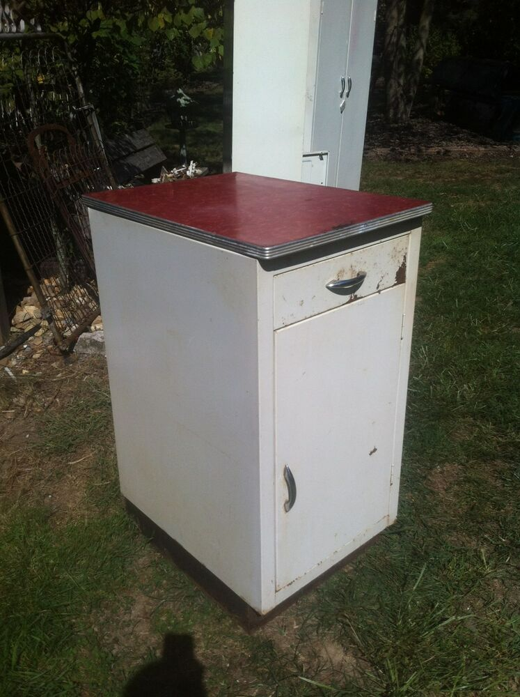 vintage metal cabinets kitchen vintage 50s metal kitchen laundry room storage cabinet ebay 27992