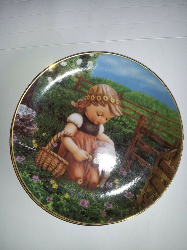 Collector plate m j hummel favorite pet the for The danbury
