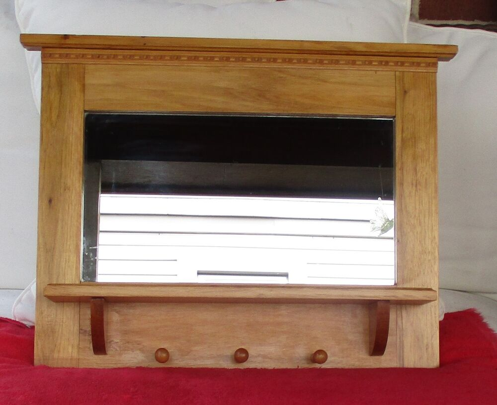 wood wall mirror with shelf 3 peg hooks 22 x 17 ebay. Black Bedroom Furniture Sets. Home Design Ideas