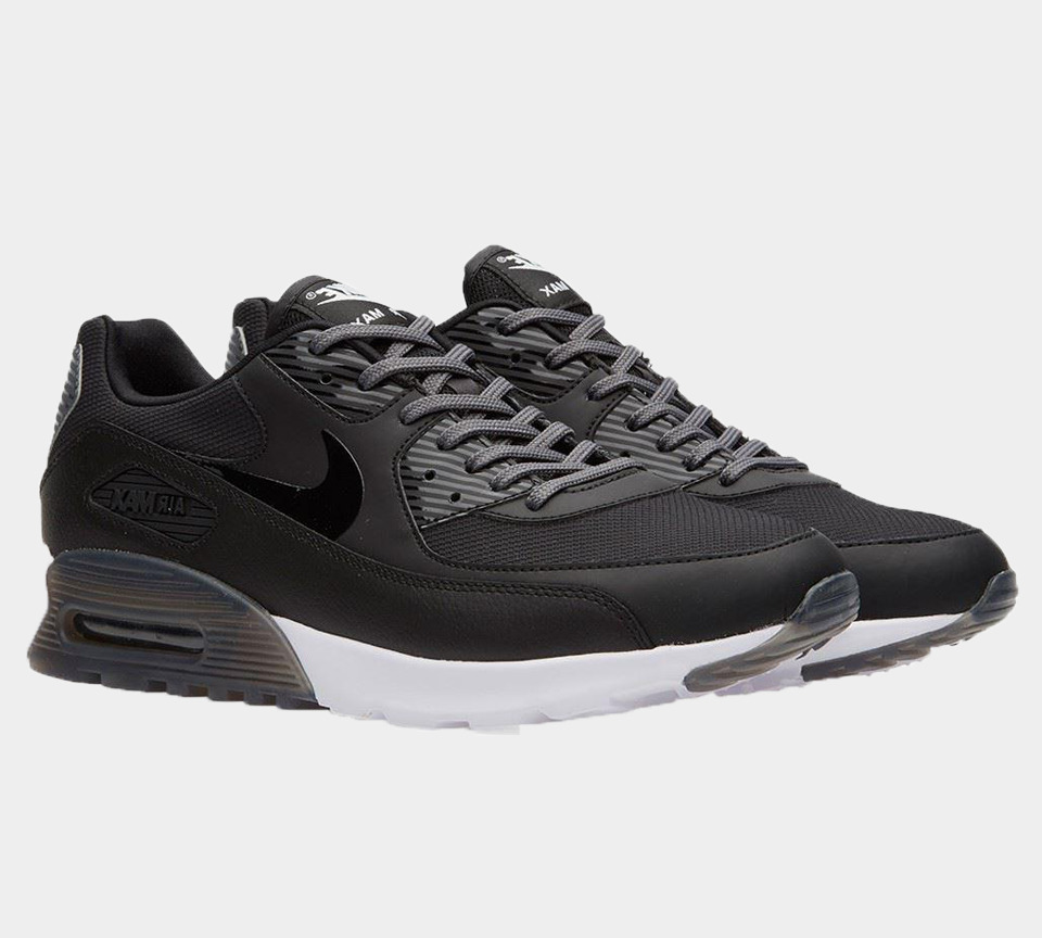 buy online b53ee e4e73 Details about NIKE AIR MAX 90 ULTRA ESSENTIAL 724981 007 WOMEN S BLACK UK  4.5-5.5