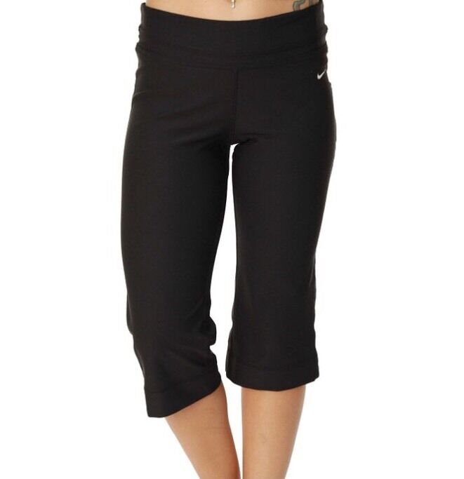 Details about NEW Womens Nike Slim Fit Poly Capri 3 4 Pants Casual Yoga Gym  Running RRP£44.99 7d5c8905b