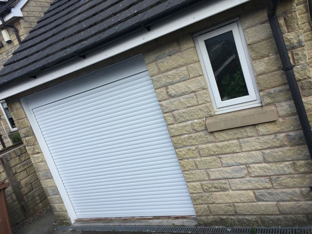 White Aluminium Insulated Roller Garage Door Size Upto H