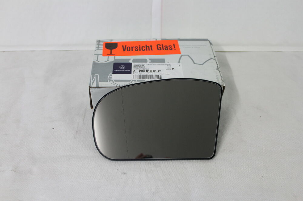 Genuine mercedes benz w203 c class lh wing mirror glass for Mercedes benz c300 side mirror glass