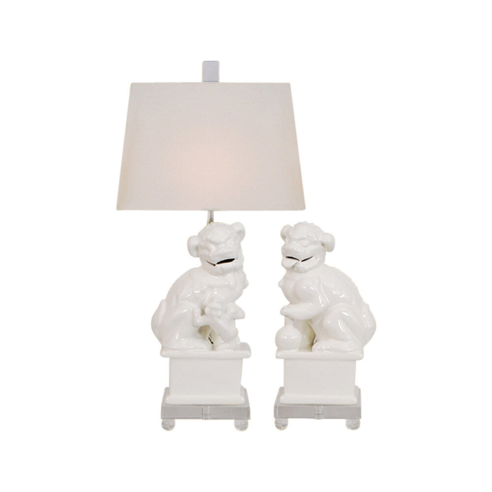 Beautiful White Foo Dog Pair Porcelain Table Lamp Clear Base 23 Ebay